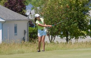 Isabella Portokalis plays her 4th shot on the 15th hole at Loyalist Country Club during the 2nd round of the Ontario Junior Girls' Championship (Photo: Scott MacLeod, Flagstick)